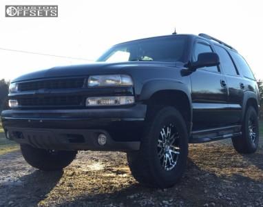 2002 Chevrolet Tahoe - 17x8 0mm - Helo He835 - Leveling Kit - 315/70R17