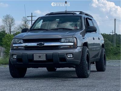 "2006 Chevrolet Trailblazer - 17x9 -12mm - Anthem Off-Road Rogue - Leveling Kit - 31"" x 10.5"""
