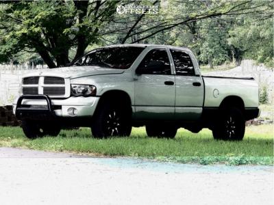 """2003 Dodge Ram 1500 - 20x10 -24mm - Moto Metal Mo970 - Leveling Kit - 33"""" x 12.5"""""""