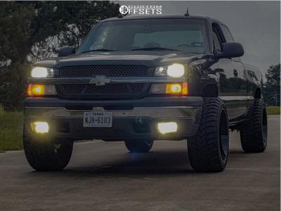 "2004 Chevrolet Silverado 1500 - 22x12 -44mm - Karma Offroad K25 - Suspension Lift 4.5"" - 33"" x 12.5"""