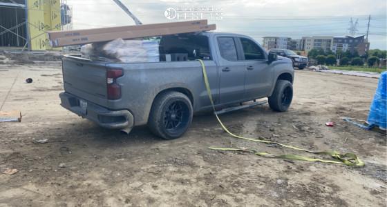 "2019 Chevrolet Silverado 1500 - 22x12 -44mm - Steel Off-Road Revolt - Suspension Lift 3"" - 33"" x 12.5"""