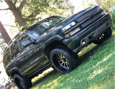 """2003 Chevrolet Tahoe - 22x12 -44mm - Extreme Force Twist - Stock Suspension - 33"""" x 12.5"""""""