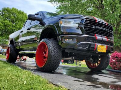 "2019 Ram 1500 - 24x14 78mm - Fuel Runner - Suspension Lift 6"" - 35"" x 13.5"""
