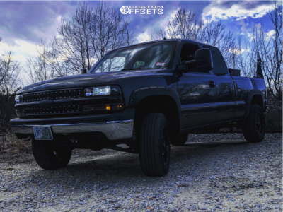 "2001 Chevrolet Silverado 1500 - 18x6.5 0mm - Moto Metal Mo970 - Suspension Lift 3"" - 31"" x 7.5"""