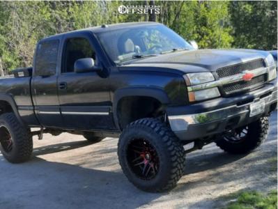 "2004 Chevrolet Silverado 1500 - 20x12 -44mm - Fuel Ff02 - Suspension Lift 6"" - 37"" x 12.5"""