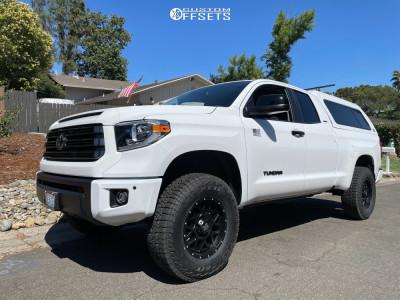 "2021 Toyota Tundra - 18x9 18mm - XD Grenade - Suspension Lift 3"" - 285/75R18"