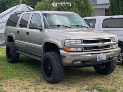 "2000 Chevrolet Suburban 2500 - 20x10 -25mm - Motiv Magnus - Suspension Lift 6"" - 35"" x 12.5"""