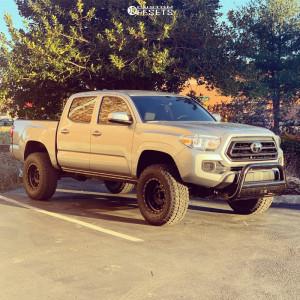 "2020 Toyota Tacoma - 17x9 -12mm - Method The Standard - Suspension Lift 3"" - 285/70R17"