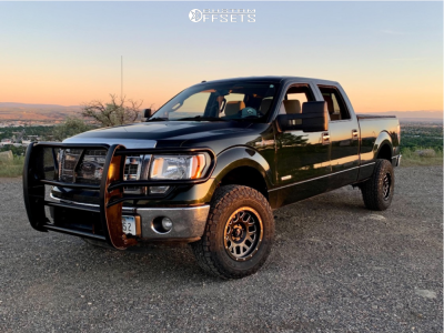 """2013 Ford F-150 - 17x9 -6mm - Pro Comp Series 40 - Leveling Kit - 33"""" x 10.5"""""""