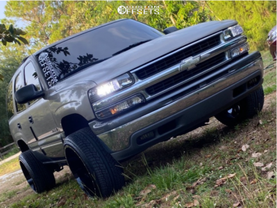 "2000 Chevrolet Tahoe - 22x12 -44mm - Karma Offroad K25 - Suspension Lift 3"" - 30"" x 11.5"""