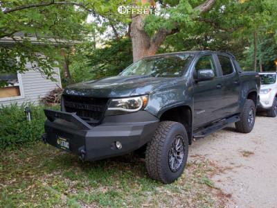 """2018 Chevrolet Colorado - 18x9 0mm - Fuel 560 - Suspension Lift 4"""" - 33"""" x 9.5"""""""