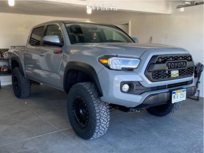 "2021 Toyota Tacoma - 17x8.5 0mm - Method Mr305 - Suspension Lift 3"" - 285/70R17"