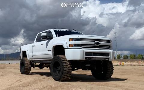 "2015 Chevrolet Silverado 2500 HD - 20x12 -44mm - Fuel Sledge D595 - Suspension Lift 9"" - 38"" x 15.5"""