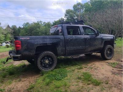 "2015 Chevrolet Silverado 1500 - 22x12 -44mm - Moto Metal Mo970 - Suspension Lift 6"" - 35"" x 12.5"""