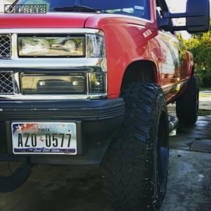 "1994 Chevrolet K1500 - 20x12 -44mm - Moto Metal MO962 - Body Lift 3"" - 35"" x 12.5"""