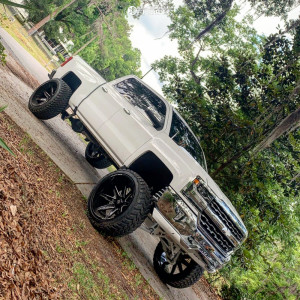 "2017 Chevrolet Silverado 1500 - 26x14 -76mm - Axe Offroad Artemis - Suspension Lift 9"" - 37"" x 13.5"""