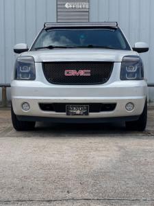 2011 GMC Yukon - 24x10 31mm - Strada Replicas Gm Snowflake Replica - Stock Suspension - 305/35R24