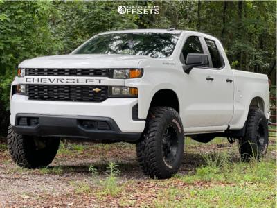 "2020 Chevrolet Silverado 1500 - 17x9 0mm - Raceline Shift - Suspension Lift 6.5"" - 37"" x 12.5"""
