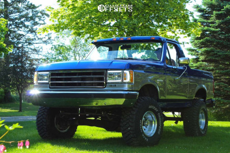 """1991 Ford Bronco - 15x10 0mm - American Racing Outlaw Ii - Suspension Lift 6"""" - 35"""" x 12.5"""""""