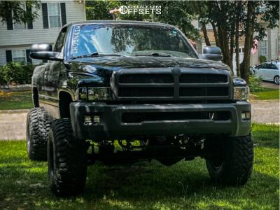 "2000 Dodge Ram 1500 - 15x12 -44mm - Black Rock Type 8 997b - Suspension Lift 5"" - 35"" x 12.5"""
