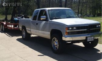 "1991 Chevrolet K1500 - 18x9 0mm - Moto Metal MO962 - Stock Suspension - 33"" x 12.5"""