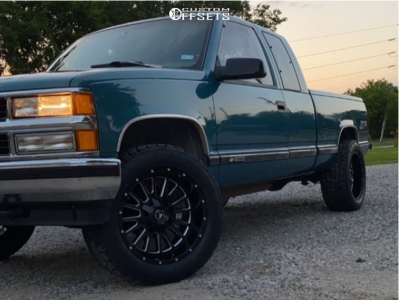 """1997 Chevrolet K1500 - 20x10 -24mm - American Offroad A105 - Stock Suspension - 33"""" x 12.5"""""""