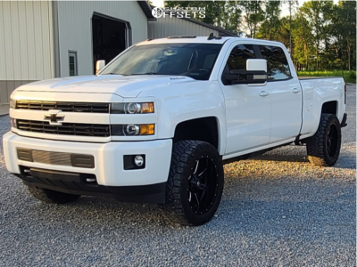 "2016 Chevrolet Silverado 2500 HD - 22x10 -24mm - Fuel Maverick - Leveling Kit - 35"" x 12.5"""