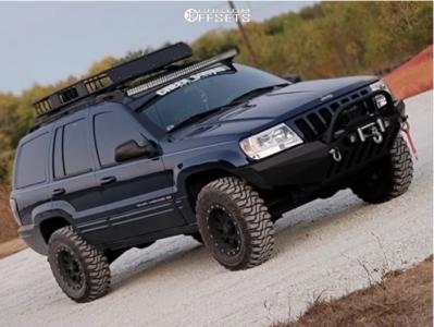 "1999 Jeep Grand Cherokee - 16x8 0mm - Pro Comp 31 - Suspension Lift 3"" - 31"" x 8.5"""