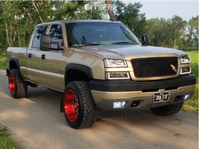 "2004 Chevrolet Silverado 2500 HD - 20x12 -44mm - TIS 544rm - Stock Suspension - 33"" x 12.5"""