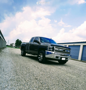 "2012 Chevrolet Silverado 1500 - 18x9 -6mm - Raceline Raptor - Leveling Kit - 32"" x 10.5"""