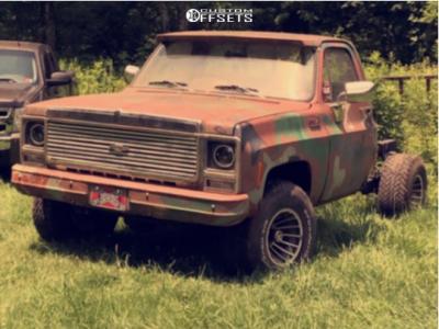 "1980 Chevrolet K10 - 15x10 12mm - Rockwell Hurricane - Suspension Lift 2.5"" - 33"" x 12.5"""