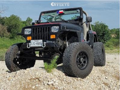 "1989 Jeep Wrangler - 17x8.5 0mm - KMC Dirty Harry - Suspension Lift 6"" - 35"" x 12.5"""