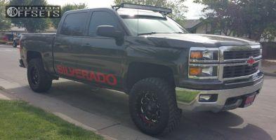 "2014 Chevrolet Silverado 1500 - 18x9 1mm - Fuel Boost - Suspension Lift 3.5"" - 33"" x 12.5"""