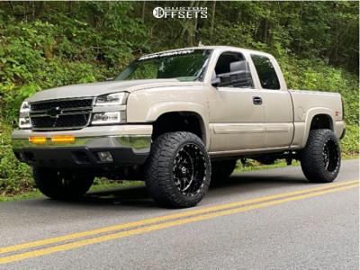 "2007 Chevrolet Silverado 1500 Classic - 20x12 -44mm - TIS 544bm - Suspension Lift 4"" - 33"" x 12.5"""
