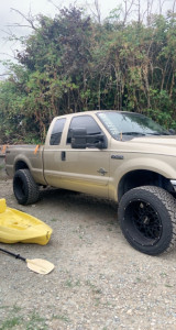 """2001 Ford F-250 Super Duty - 22x12 -51mm - Vision Rockers - Leveling Kit - 35"""" x 12.5"""""""