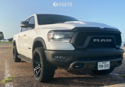"""2019 Ram 1500 - 22x10 -18mm - 4Play 4p08 - Air Suspension - 33"""" x 12.5"""""""