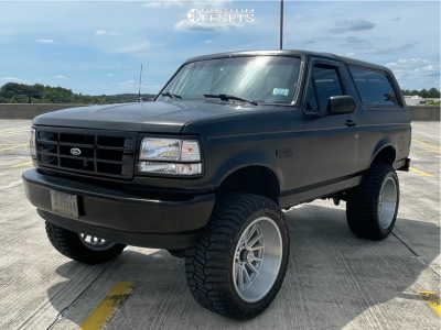 "1993 Ford Bronco - 22x12 -44mm - V-Rock Anvil - Suspension Lift 6"" - 35"" x 13.5"""