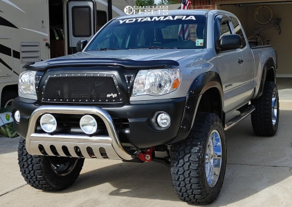 "2009 Toyota Tacoma - 20x12 -44mm - Hostile Jigsaw - Suspension Lift 6"" - 35"" x 12.5"""