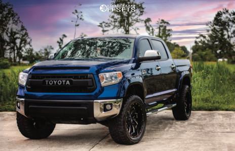 "2015 Toyota Tundra - 22x10 -18mm - Fuel Cleaver D574 - Suspension Lift 4"" - 35"" x 12.5"""