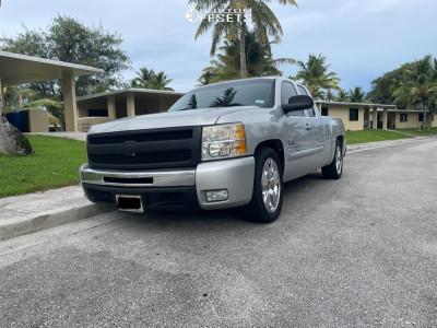2011 Chevrolet Silverado 1500 - 20x9.5 24mm - OE Replicas Texas - Lowered 4F / 6R - 295/45R20