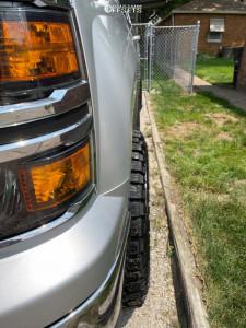 "2015 Chevrolet Silverado 1500 - 18x10 -24mm - Moto Metal Mo970 - Leveling Kit - 33"" x 12.5"""