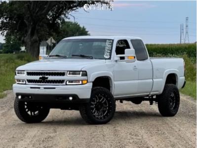 "1999 Chevrolet Silverado 1500 - 20x10 -12mm - LRG 116 - Suspension Lift 6"" - 33"" x 11.5"""