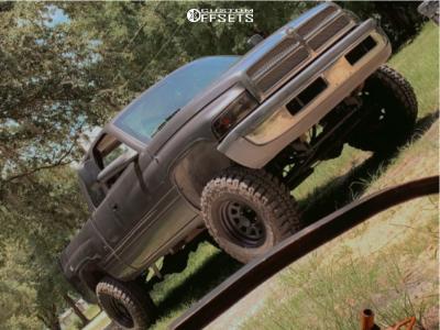 "2001 Dodge Ram 1500 - 17x10 -12mm - Black Rock D Widow - Air Suspension - 35"" x 12.5"""