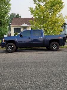 "2010 Chevrolet Silverado 1500 - 18x10 -24mm - Moto Metal Mo970 - Suspension Lift 3"" - 275/65R18"
