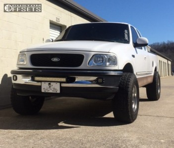 """1997 Ford F-150 - 16x10 -38mm - Alloy Ion Style 171 - Suspension Lift 5"""" - 305/70R16"""