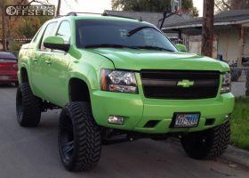 "2008 Chevrolet Avalanche - 22x11 -44mm - XD Crank - Suspension Lift 7.5"" - 35"" x 12.5"""
