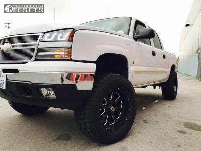 "2007 Chevrolet Silverado 1500 Classic - 20x10 -24mm - XD xd25 - Suspension Lift 6"" - 325/60R20"