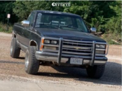 U.S. Wheel 97 Series 15x10 -44