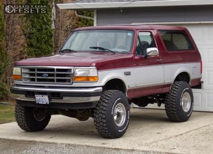 "1996 Ford Bronco - 15x12 -73mm - Mickey Thompson Classic Iii - Suspension Lift 6"" - 35"" x 12.5"""