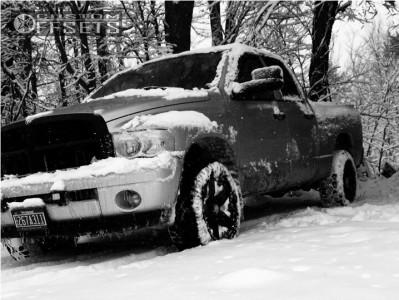 2003 Dodge Ram 1500 - 18x9 0mm - Xd Xd775 - Stock Suspension - 285/65R18